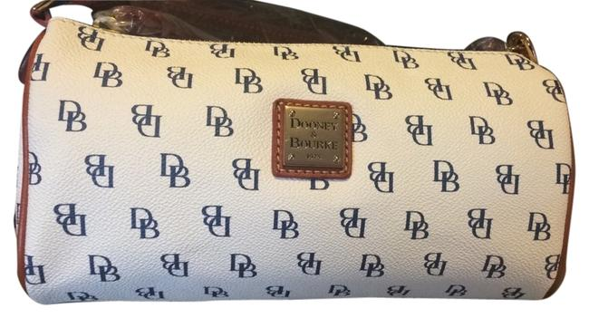 Item - Ng495 Nh Small Barrel White/Navy Leather Baguette