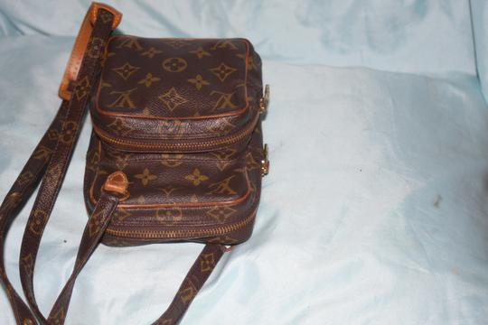 Louis Vuitton Vintage Leather Cross Body Bag