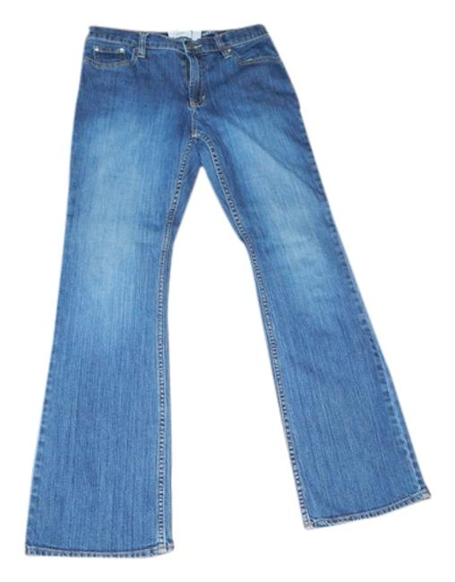 Preload https://item2.tradesy.com/images/old-navy-dark-rinse-flare-leg-jeans-size-32-8-m-5079511-0-0.jpg?width=400&height=650