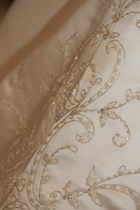 Sottero and Midgley Beige Traditional Wedding Dress Size 8 (M)