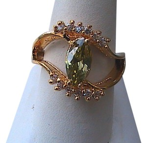 Other 14k Yellow Gold Filled Peridot & White Topaz Ring