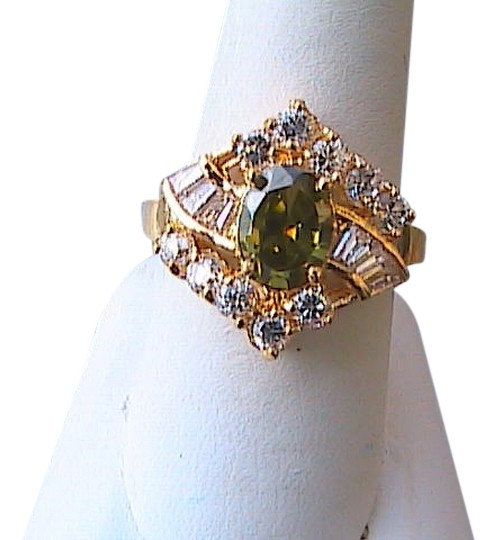 Preload https://img-static.tradesy.com/item/5082928/peridot-and-white-topaz-14k-yellow-gold-filled-ring-0-0-540-540.jpg