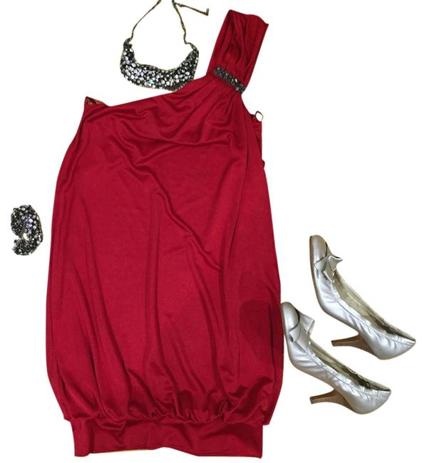 Preload https://item2.tradesy.com/images/bcbgmaxazria-red-one-shoulder-mini-cocktail-dress-size-2-xs-5083216-0-0.jpg?width=400&height=650