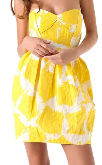 Preload https://img-static.tradesy.com/item/5083399/shoshanna-yellow-print-jacquard-pleated-boned-strapless-sunflower-jane-short-cocktail-dress-size-8-m-0-4-650-650.jpg