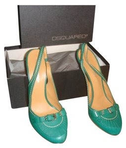 DSquared Green Pumps