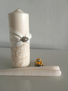 Antique White Pearl White Free with Lace and Brooch Embelishment Unity Candle