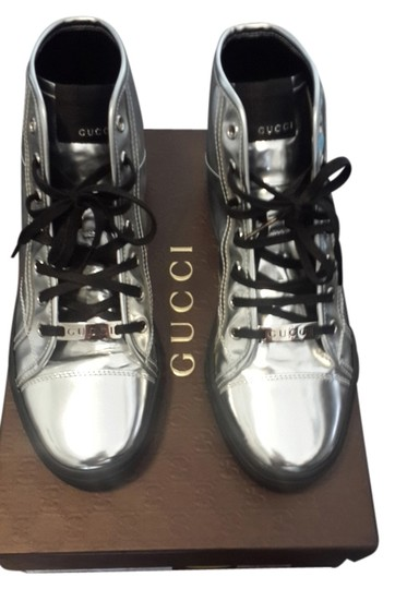 Preload https://item2.tradesy.com/images/gucci-silver-bootsbooties-size-us-7-5088031-0-0.jpg?width=440&height=440