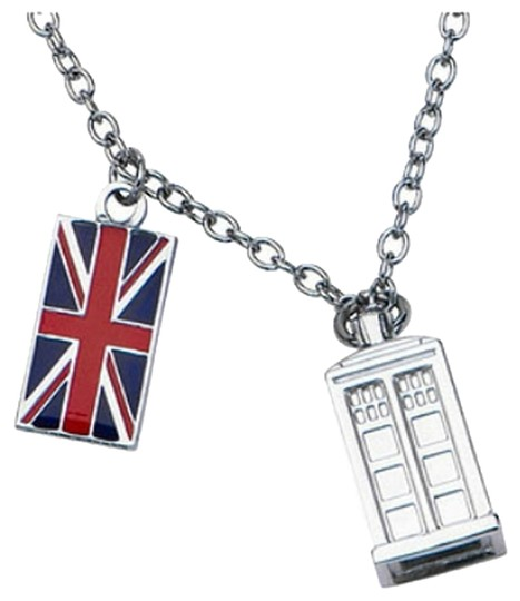 Hot Topic TARDIS Doctor Who necklace