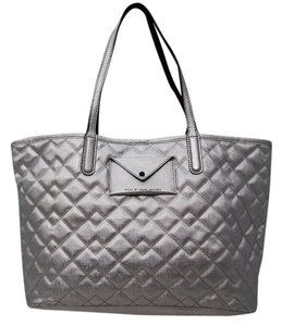 Marc by Marc Jacobs Designer Jet Set Tote in Silver