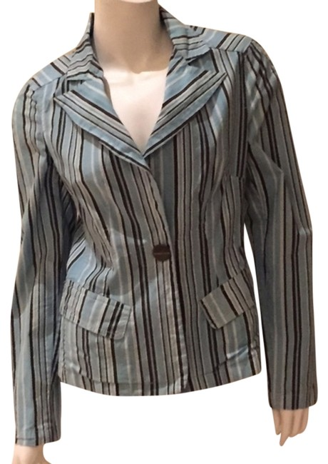 Preload https://item3.tradesy.com/images/striped-pinstriped-one-button-blazer-size-8-m-5091427-0-0.jpg?width=400&height=650