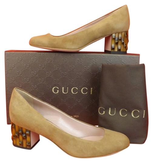 Preload https://item2.tradesy.com/images/gucci-beige-dahlia-acero-suede-bamboo-mid-35-pumps-size-us-5-regular-m-b-5091571-0-0.jpg?width=440&height=440