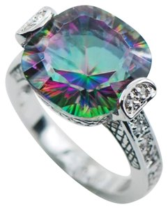 RAINBOW TOPAZ GEMSTONE- SIZE 10 - RAINBOW TOPAZ GEMSTONE COCKTAIL RING - STAMPED 925 - SIZE 10