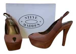 Steve Madden Sexy Rose Pink with Wood accents Pumps