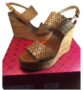 Tory Burch Sandals beige Wedges