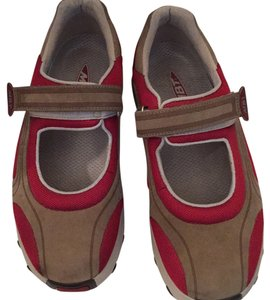 MBT Red/ taupe Athletic