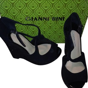 Gianni Bini Wedge Suede Sandal Black Wedges