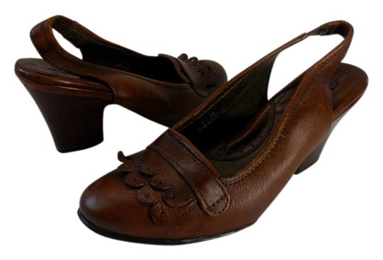 Preload https://item2.tradesy.com/images/born-leather-brown-comfortable-cognac-pumps-5095216-0-0.jpg?width=440&height=440