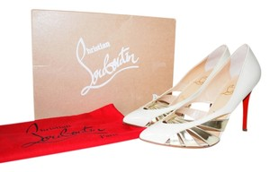 Christian Louboutin Cream gold Pumps