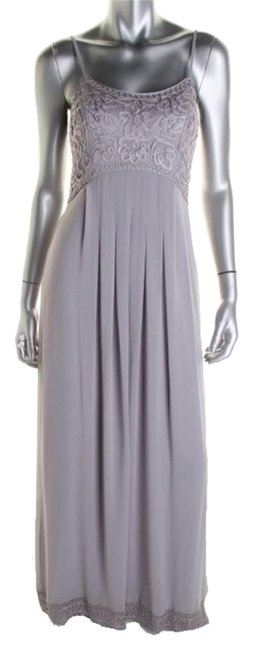 Item - Gray/Silver Formal Dress Size 6 (S)