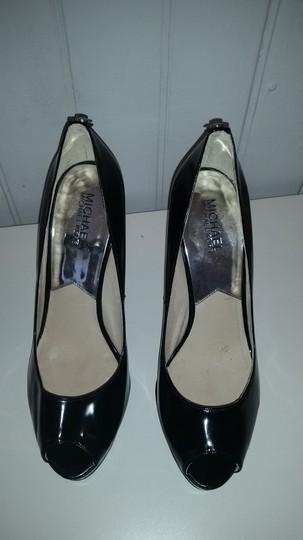 Michael Kors Patent Leather Platform Black Pumps