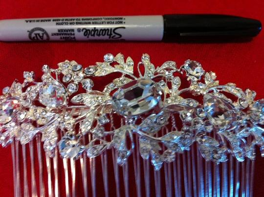 Silver Comb Hair Accessory