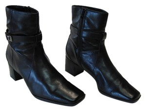d80334c3b1c52 Liz Claiborne Very Good Condition Size 8.50 Black Boots