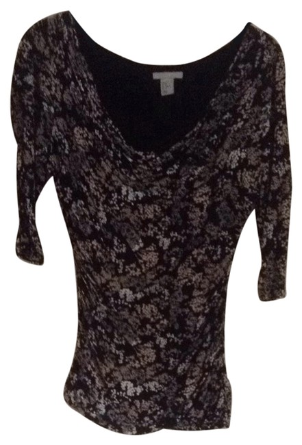 Preload https://item4.tradesy.com/images/h-and-m-blouse-size-8-m-5097358-0-0.jpg?width=400&height=650