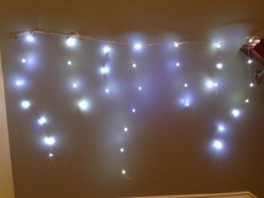 Preload https://item2.tradesy.com/images/white-led-fairy-lights-battery-operated-reception-decoration-50976-0-0.jpg?width=440&height=440