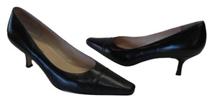 Karen Scott Excellent Condition Leather Black Pumps