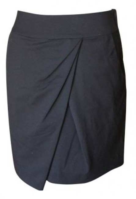 Preload https://item4.tradesy.com/images/h-and-m-black-drape-front-knee-length-skirt-size-8-m-29-30-5098-0-0.jpg?width=400&height=650