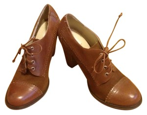 Cooperative Oxford Vintage Brown Boots