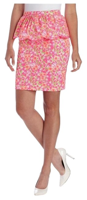 Preload https://item4.tradesy.com/images/lilly-pulitzer-pinks-knee-length-skirt-size-6-s-28-5099218-0-0.jpg?width=400&height=650