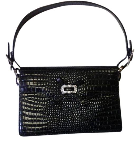 Preload https://item2.tradesy.com/images/collection-handbag-made-in-italy-black-leather-satchel-5099866-0-0.jpg?width=440&height=440