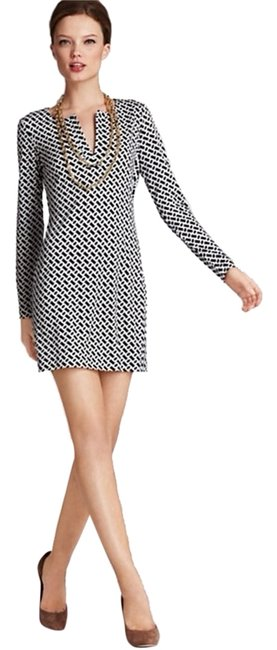 Preload https://item1.tradesy.com/images/diane-von-furstenberg-reina-long-sleeve-silk-jersey-above-knee-cocktail-dress-size-8-m-5100205-0-0.jpg?width=400&height=650