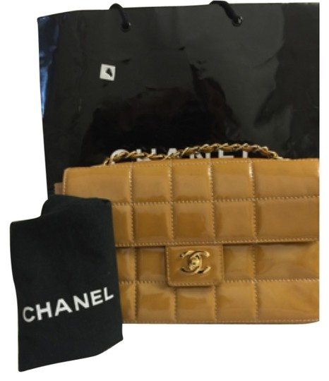 Preload https://item4.tradesy.com/images/chanel-classic-tan-patent-leather-shoulder-bag-510363-0-0.jpg?width=440&height=440