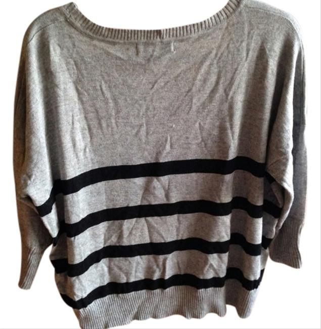 Preload https://item5.tradesy.com/images/minkpink-grey-sweaterpullover-size-0-xs-510414-0-0.jpg?width=400&height=650