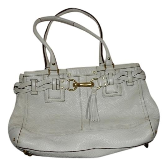 Preload https://img-static.tradesy.com/item/5104336/coach-hampton-white-leather-tote-0-0-540-540.jpg