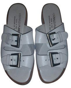 Donald J. Pliner Off-white Sandals