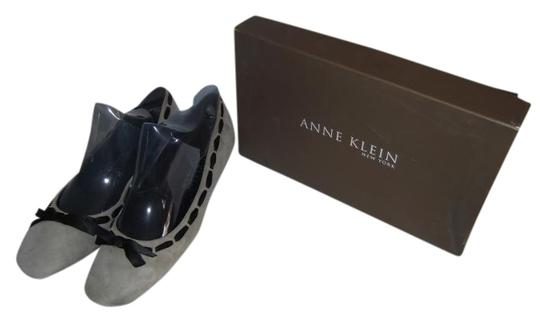 Preload https://item1.tradesy.com/images/anne-klein-grey-sadie-flats-size-us-95-510655-0-0.jpg?width=440&height=440
