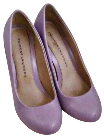 Chinese Laundry Lavender Pumps
