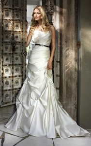 Ella Bridals Ivory Satin 5436 Formal Wedding Dress Size 6 (S)