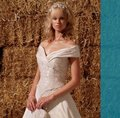 Ian Stuart Ivory Satin Sample Formal Wedding Dress Size 8 (M)