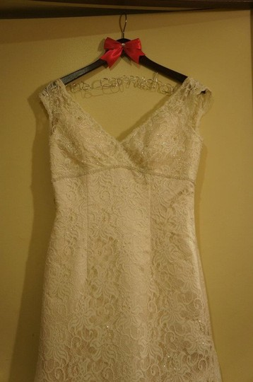 David's Bridal Ivory Lace T9612 - Beaded Trumpet Gown Vintage Wedding Dress Size 10 (M)