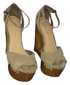 Jessica Simpson Taupe Wedges