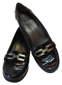 Unisa Very Good Condition Leather Size 9.5 M. Brown Pumps