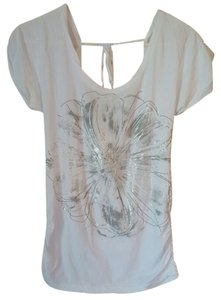 Miley Cyrus & Max Azria Flower T Shirt White