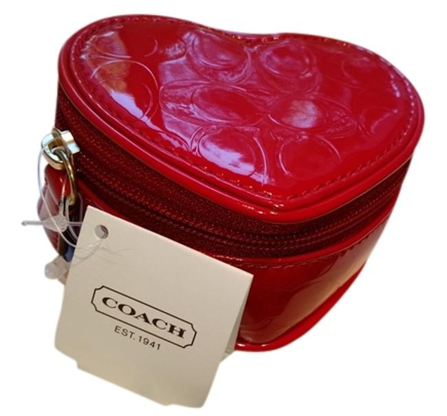 Item - Red Patent Heart Pouch