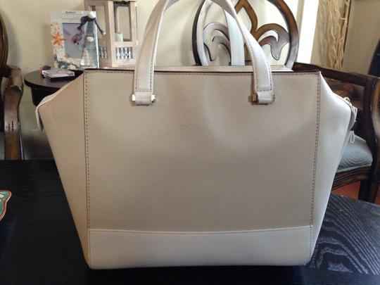 Kate Spade Satchel in Cream and White