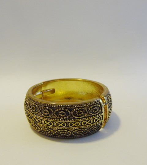 Other Big and Bold Scroll Design Hinged Bangle Fits 7 to 8 Inch wrists Image 2