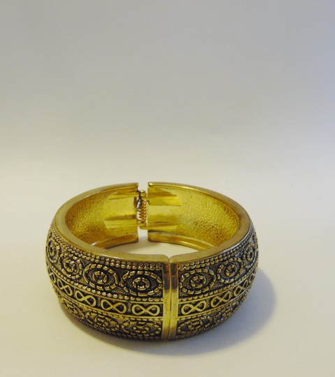 Other Big and Bold Scroll Design Hinged Bangle Fits 7 to 8 Inch wrists Image 6